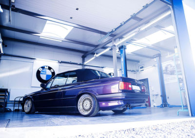 BMW E30 | JR9 | Chrome