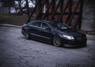 VW PASSAT CC | JR28 | Hyper Black | 20×8.5 & 20×10
