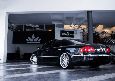 VW PHAETON | JR22 20×10 & 20×11