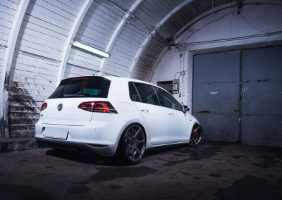 VW GOLF MK7 GTI | JR20 19×8.5 & 19×9.5